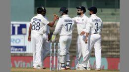 ভারত বনাম ইংল্যান্ড প্রথম টেস্টের দ্বিতীয় দিন